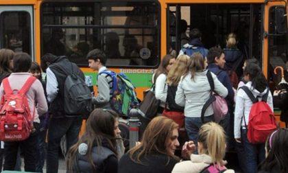 Bullismo a scuola e alla fermata del bus denunciato un minorenne