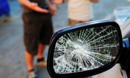 Specchietti rotti denunciati in quattro