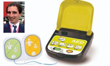 """Defibrillatore semiautomatico spiegato da un cardiologo: """"Spero diventi come l'estintore"""""""