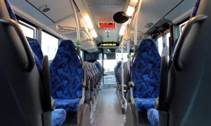 Autobus Pavia: ore di coda per cambiare i biglietti