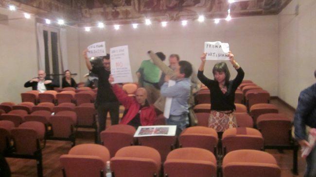 Rievocazione storica &#8220&#x3B;nazista&#8221&#x3B; nel Milanese: in Consiglio &#8220&#x3B;Bella ciao&#8221&#x3B; in risposta