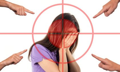 Bullismo femminile: 14enne picchiata perché troppo carina