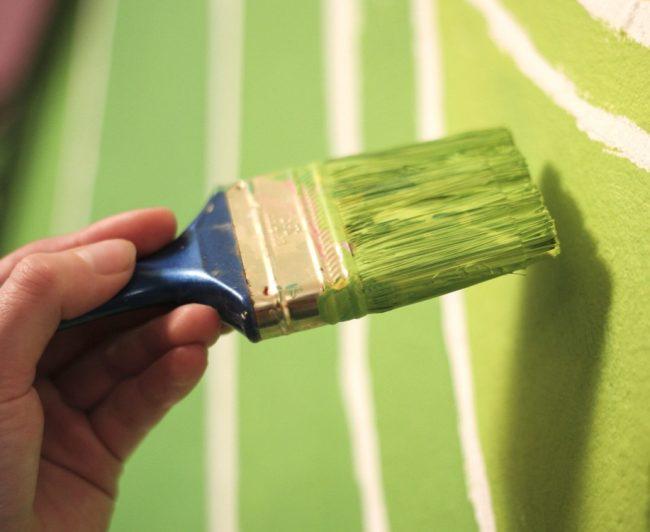 Pareti e arredi tessili diventano green