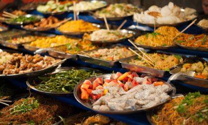 Ristorante cinese e pescheria: sequestrati 30 kg di pesce a Pavia