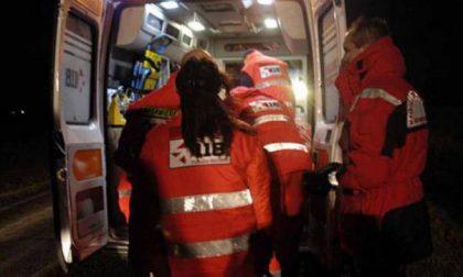 Scontro auto moto, 50enne in ospedale SIRENE DI NOTTE