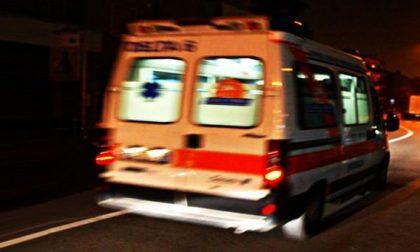 Auto contro ostacolo, ferite due persone SIRENE DI NOTTE