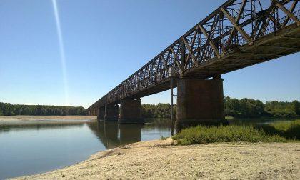 Allarme siccità, Po a secco come in piena estate: al Ponte della Becca -2,39 metri