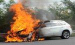 Auto in fiamme in tangenziale STRADE E BINARI
