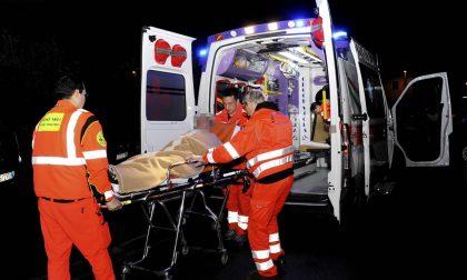 Cade dalla moto, 24enne in ospedale SIRENE DI NOTTE