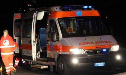 Incidente stradale: sei persone coinvolte fra cui bambini di 4 e 7 anni SIRENE DI NOTTE