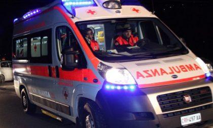 Incidente stradale a Vigevano, coinvolti tre giovanissimi SIRENE DI NOTTE