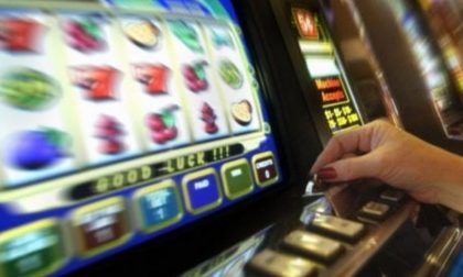"""Gioco d'azzardo: nella Bassa ci si """"gioca"""" in media più di mille euro all'anno"""