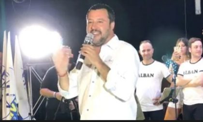 Dopo i Nomadi Salvini canta Vasco e si scaglia contro le famiglie arcobaleno VIDEO