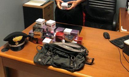 Coppia di ladri di cosmetici denunciata