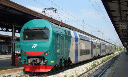 Regionale Mantova-Milano travolge e uccide due persone