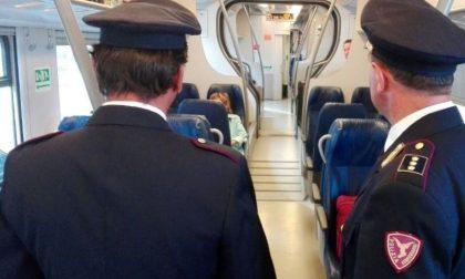 Viaggiavano in treno con una bicicletta rubata: denunciati dalla Polfer