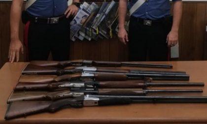 Controlli straordinari: trovano un piccolo arsenale di fucili