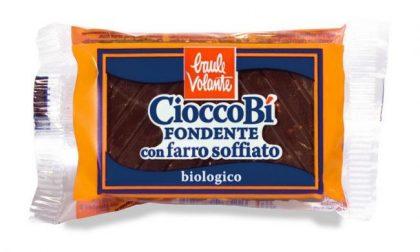 Frammenti di plastica nella barretta di cioccolato: snack ritirato