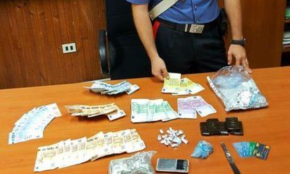 Spaccio di droga e ricettazione, un arresto e una denuncia