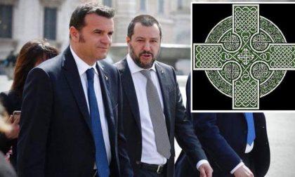 Il Ministro Centinaio e il tatuaggio con la croce celtica