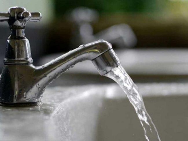 Bollette acqua: si torna agli scaglioni, con qualche novità