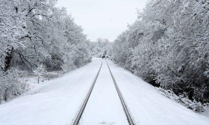 Rischio neve: le variazioni degli orari dei treni in Lombardia