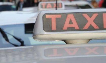 Pensionato tassista… ma senza autorizzazioni