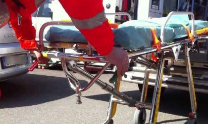 Scontro tra due bici, ferita anziana donna
