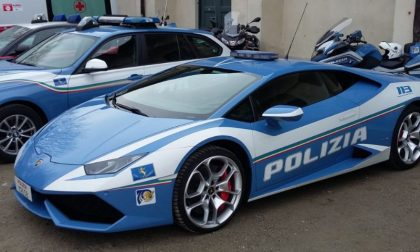 """Progetto """"Guida Sicura"""": la Polizia Stradale fa scuola al Centro Commerciale"""