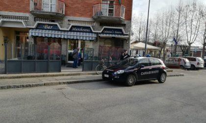 Violenta rissa davanti al bar, tre uomini denunciati