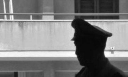 Si suicida gettandosi dalla finestra dopo aver subito una rapina