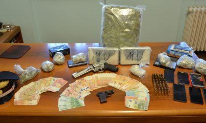 Spaccio di droga: trovati con quasi due chili e mezzo di cocaina, 4 arresti