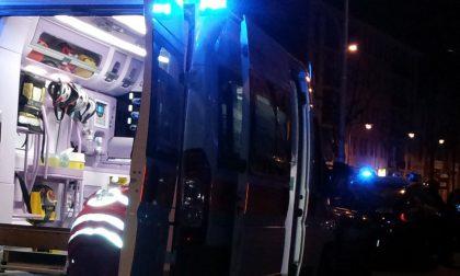 Scontro tra auto e moto in viale Sardegna, due feriti SIRENE DI NOTTE