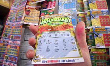 Gratta e vinci fortunato: vince 500mila euro con biglietto acquistato al bar