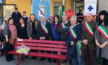 Il Comune ha inaugurato la prima panchina rossa di Vistarino