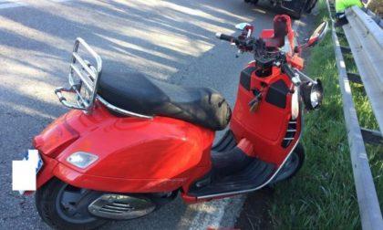 Scooter contro carro attrezzi: non ce l'ha fatta il 65enne