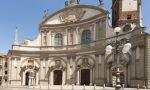 Fulmine colpisce cupola del Duomo di Vigevano, cadono calcinacci: chiuso al pubblico FOTO