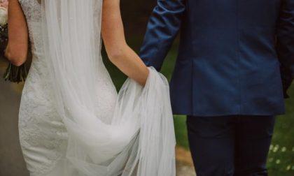 Si sposano per gioco in un reality ma ora devono divorziare per davvero