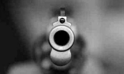 Colpi di pistola in corso Strada Nuova: arrestato lo sparatore