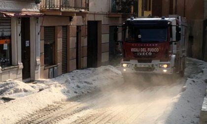 La grandinata di ieri in Piemonte ha imbiancato le strade come a Natale FOTO