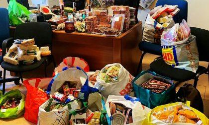 Merce di dubbia provenienza: sequestrati 10mila euro di alimentari e cosmetici