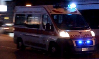 Brutta caduta in moto per un 18enne che finisce in ospedale SIRENE DI NOTTE
