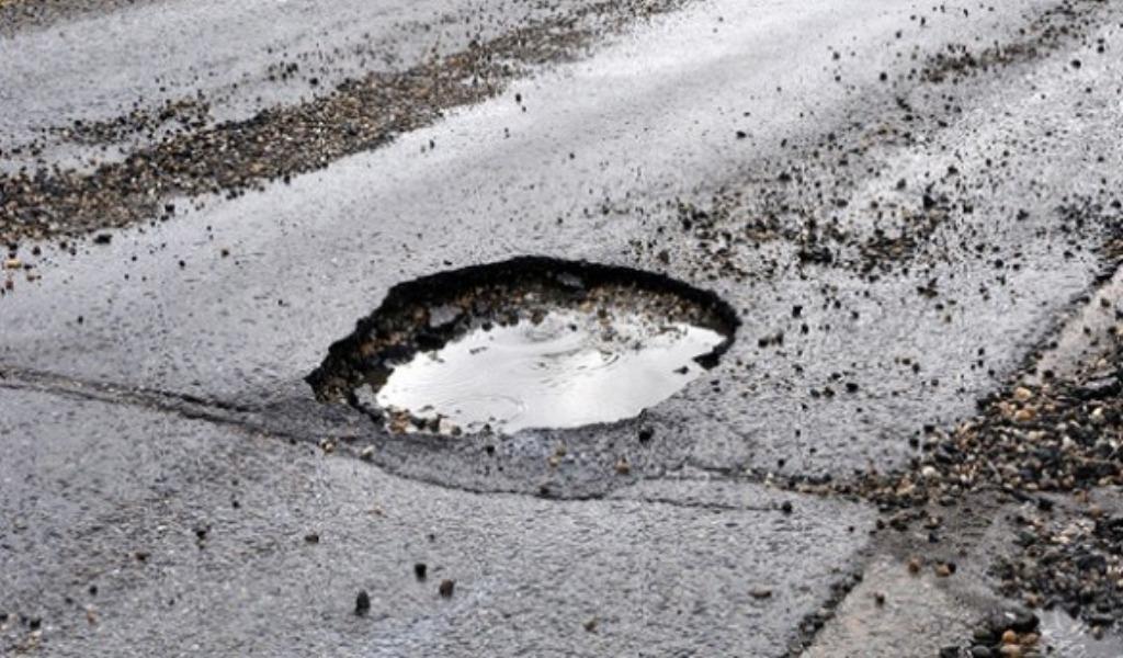 Voghera: Tangenziale gruviera, danni e pericoli per gli automobilisti - Giornale di Pavia