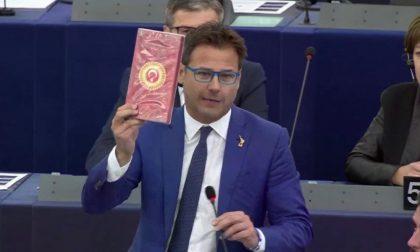 Lancia cioccolatini turchi, sospeso l'eurodeputato leghista Ciocca