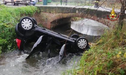 Morta la nonna di Gambolò: nel canale con l'auto, ha salvato la nipotina