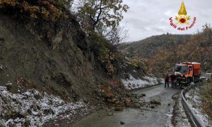 Frana sulla SP91 tra Varzi e Castellaro: strada chiusa FOTO