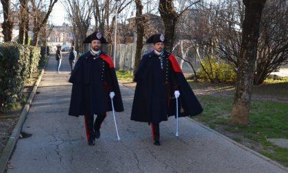 Carabinieri in Grande Uniforme per le vie del centro di Stradella FOTO