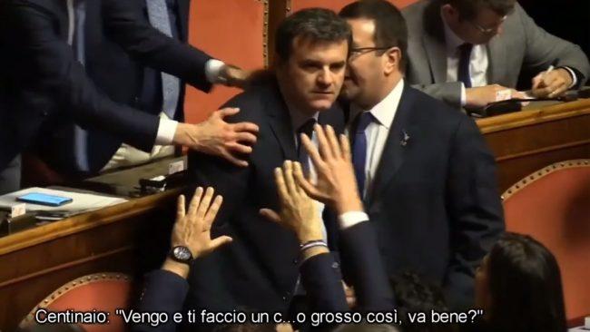 """Il Centinaio furioso in Parlamento: """"Ti faccio un c… così"""" VIDEO"""