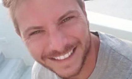 """34enne scomparso dopo il messaggio alla compagna """"Non posso parlare"""""""