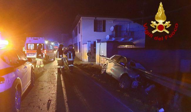 Grave incidente a Copiano: 5 ragazzi all'ospedale, uno è grave FOTO